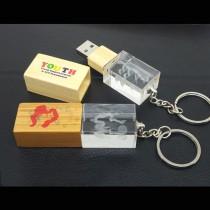 USB určeno k aplikaci 3D loga do skla